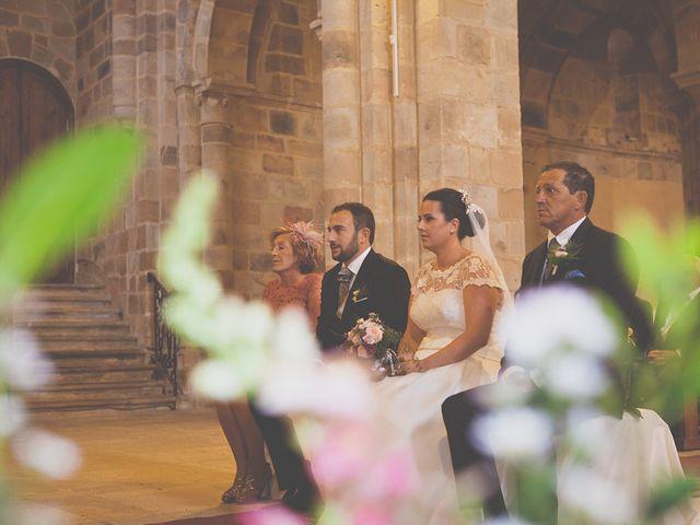 La boda de Cristian y Lucía en Ribadesella, Asturias 14