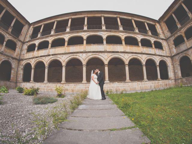 La boda de Cristian y Lucía en Ribadesella, Asturias 25