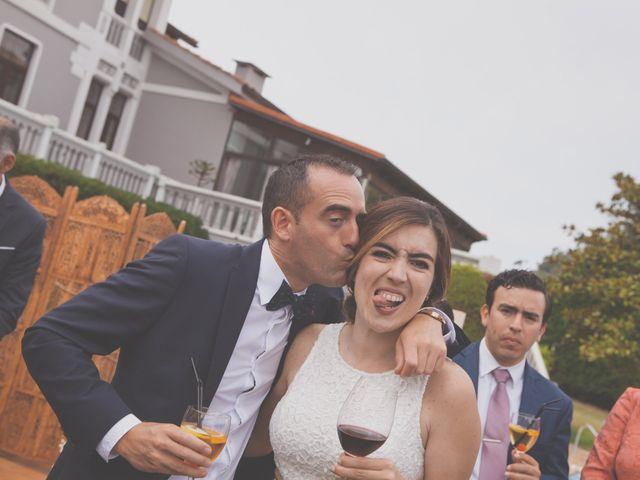 La boda de Cristian y Lucía en Ribadesella, Asturias 33