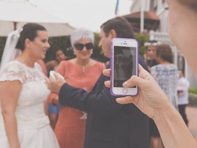 La boda de Cristian y Lucía en Ribadesella, Asturias 34