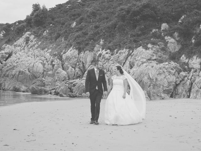 La boda de Cristian y Lucía en Ribadesella, Asturias 59