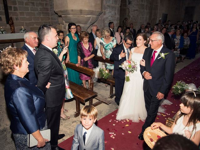 La boda de Carlos y Leticia en Cretas, Teruel 15