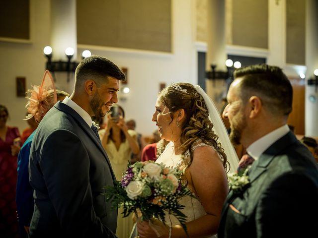 La boda de Adrián y Florentina en Algeciras, Cádiz 10