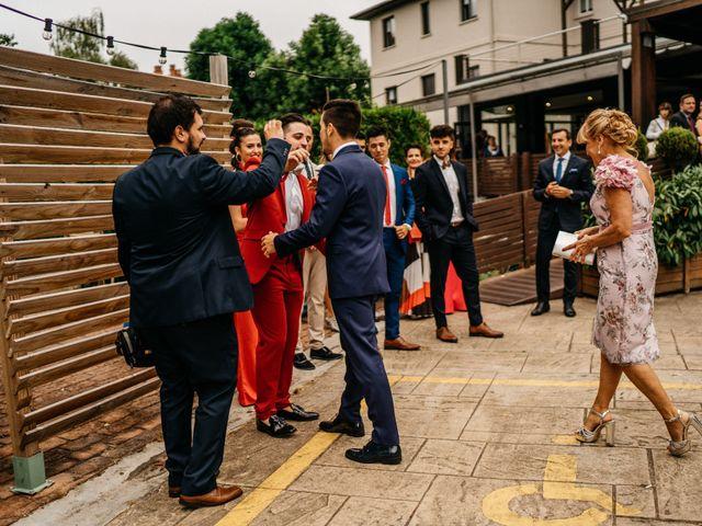 La boda de Nagai y Laura en Hondarribia, Guipúzcoa 12