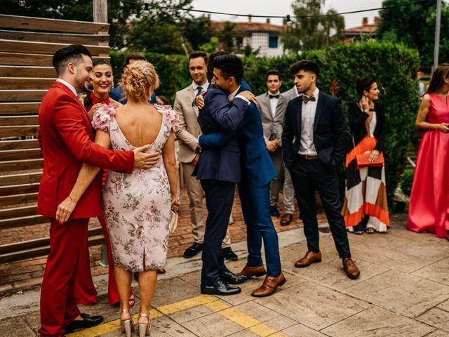 La boda de Nagai y Laura en Hondarribia, Guipúzcoa 13