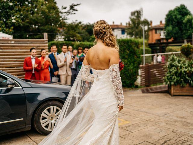 La boda de Nagai y Laura en Hondarribia, Guipúzcoa 20