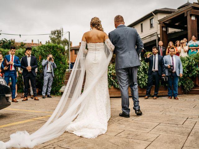 La boda de Nagai y Laura en Hondarribia, Guipúzcoa 21