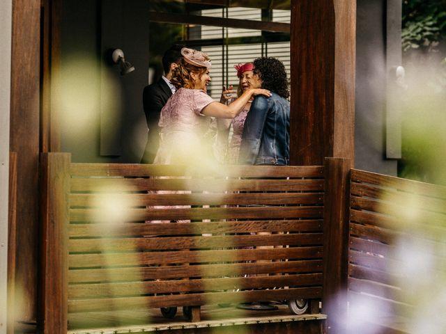 La boda de Nagai y Laura en Hondarribia, Guipúzcoa 25