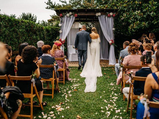 La boda de Nagai y Laura en Hondarribia, Guipúzcoa 35
