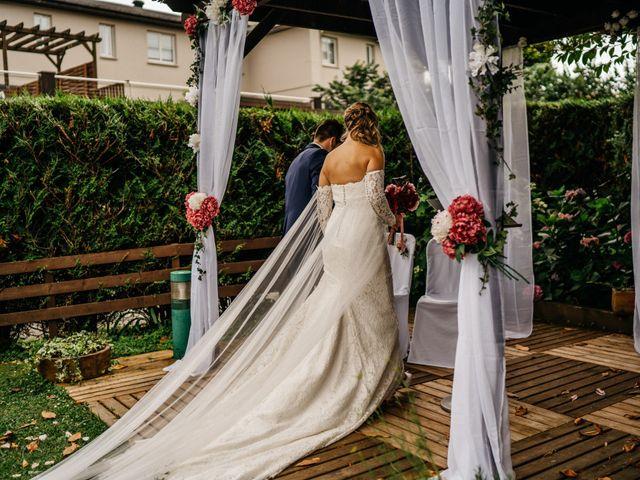La boda de Nagai y Laura en Hondarribia, Guipúzcoa 36