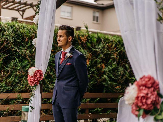 La boda de Nagai y Laura en Hondarribia, Guipúzcoa 37