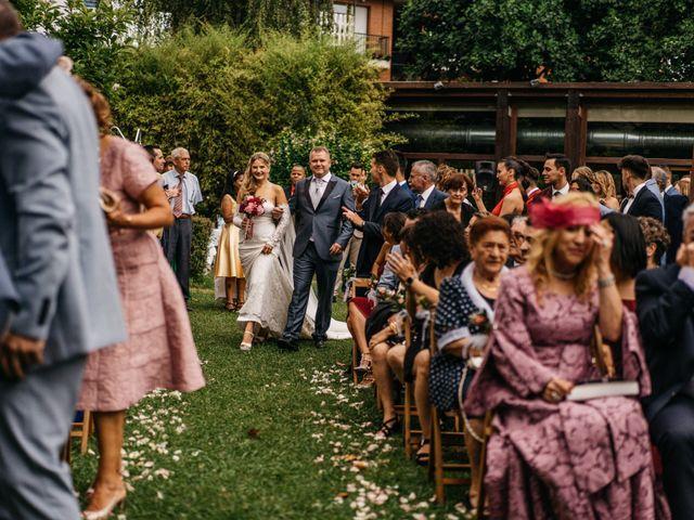 La boda de Nagai y Laura en Hondarribia, Guipúzcoa 39