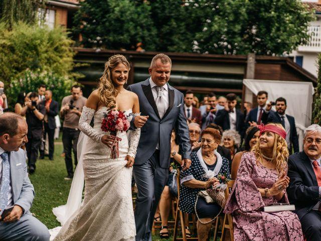 La boda de Nagai y Laura en Hondarribia, Guipúzcoa 40