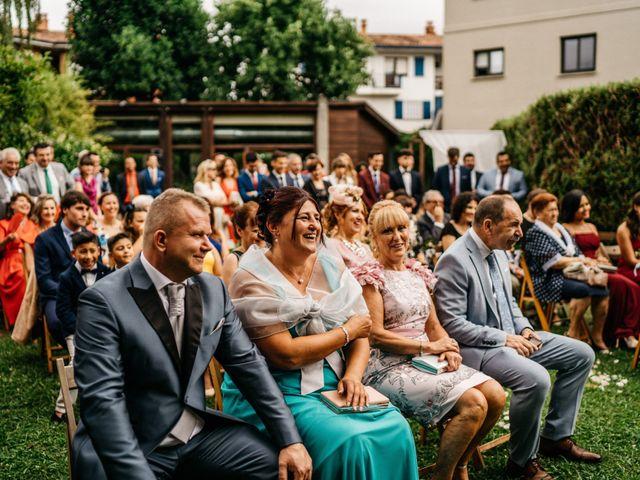 La boda de Nagai y Laura en Hondarribia, Guipúzcoa 41