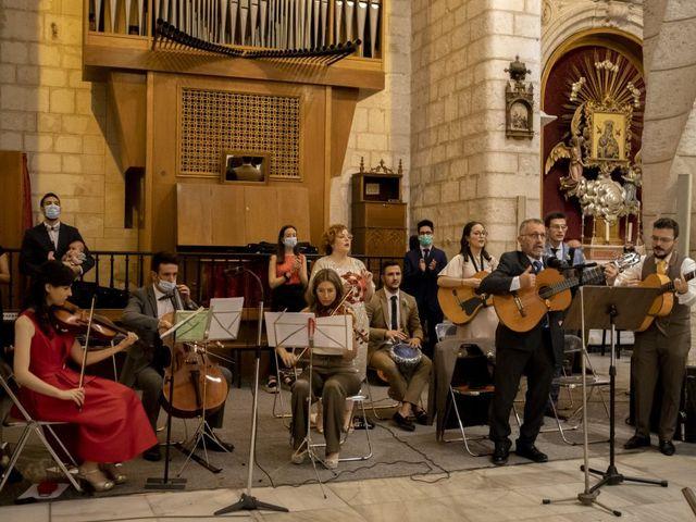 La boda de Maria y Aarón en Villena, Alicante 43