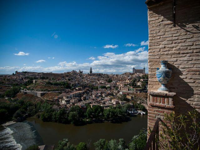 La boda de Héctor y Pamela en Toledo, Toledo 31