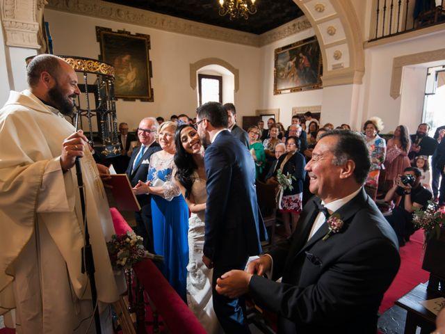 La boda de Héctor y Pamela en Toledo, Toledo 43