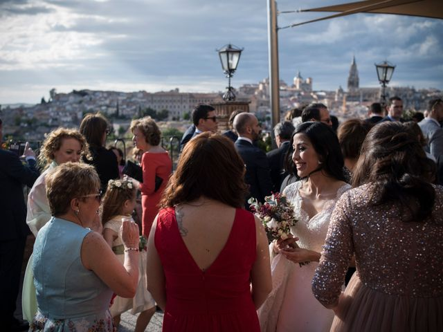 La boda de Héctor y Pamela en Toledo, Toledo 64