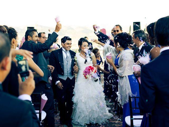 La boda de Toño y Carol en Alacant/alicante, Alicante 38