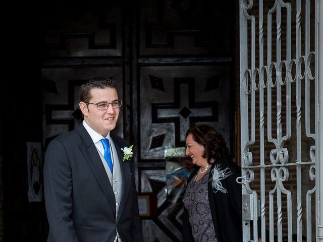 La boda de Christian y Amparo en Cubas De La Sagra, Madrid 21