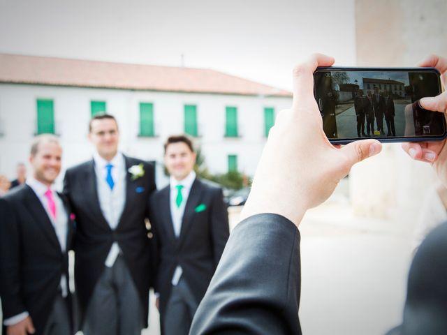 La boda de Christian y Amparo en Cubas De La Sagra, Madrid 23