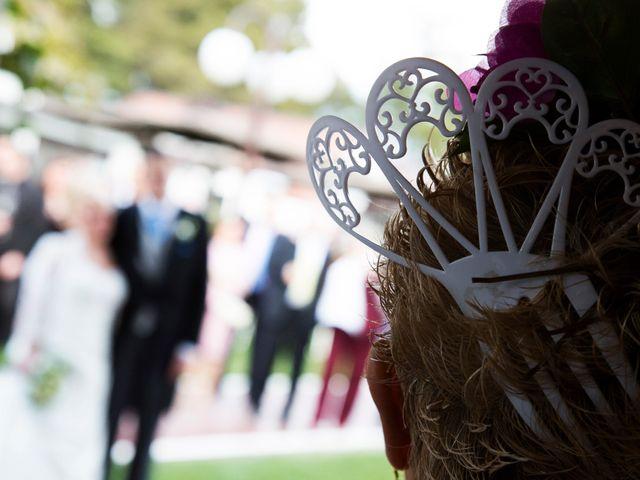 La boda de Christian y Amparo en Cubas De La Sagra, Madrid 35