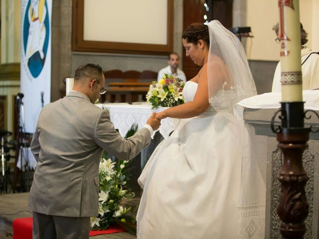 La boda de Ivan y Davinia en Valsequillo (Telde), Las Palmas 34