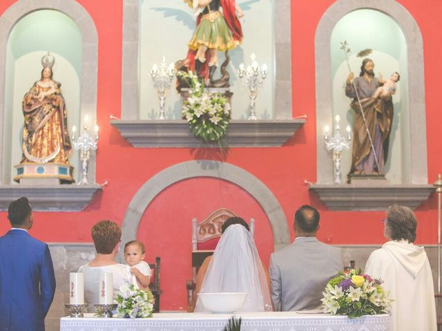 La boda de Ivan y Davinia en Valsequillo (Telde), Las Palmas 43