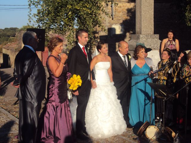 La boda de Míriam y Eduardo en Fuentes De Oñoro, Salamanca 2
