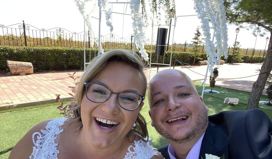 La boda de Aroa y Pablo en Albatana, Albacete