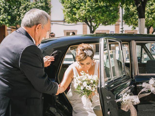 La boda de Juan Francisco y Toñi en La Rinconada, Sevilla 37