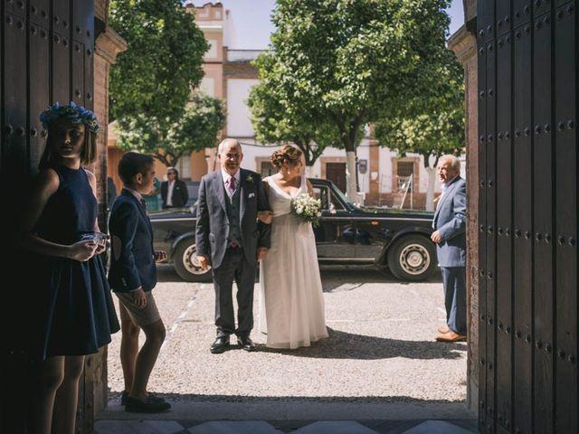 La boda de Juan Francisco y Toñi en La Rinconada, Sevilla 38