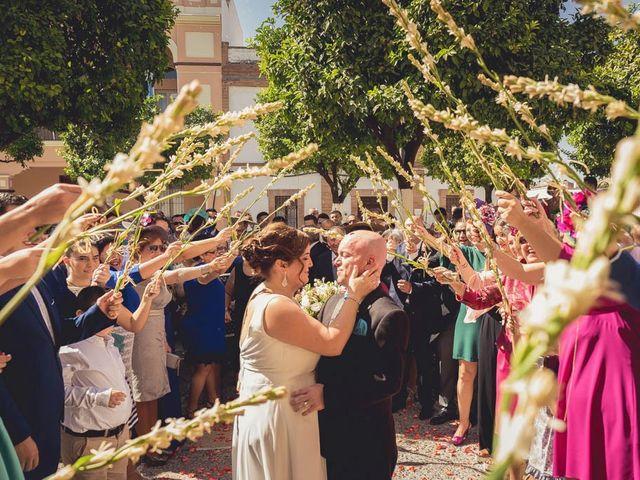La boda de Juan Francisco y Toñi en La Rinconada, Sevilla 42