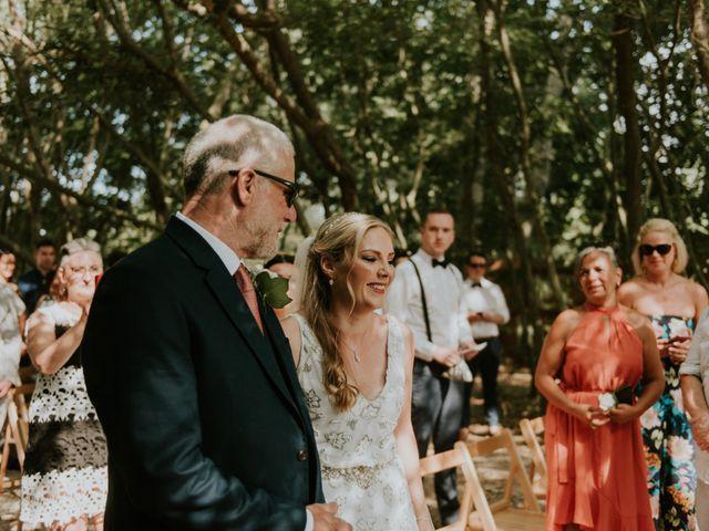 La boda de Shane y Aoife en Sant Pere Pescador, Girona 37