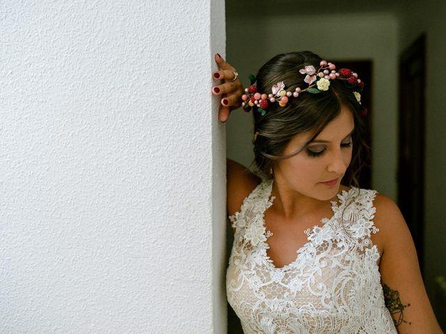La boda de Carlos y Tamara en L' Ènova, Valencia 17