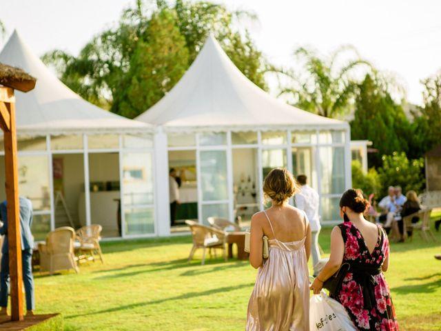 La boda de Carlos y Tamara en L' Ènova, Valencia 25
