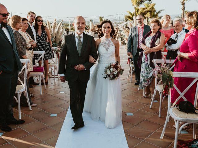La boda de Rubén y Carolina en San Bartolome De Tirajana, Las Palmas 43