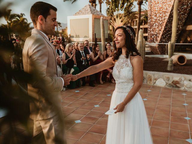 La boda de Rubén y Carolina en San Bartolome De Tirajana, Las Palmas 65