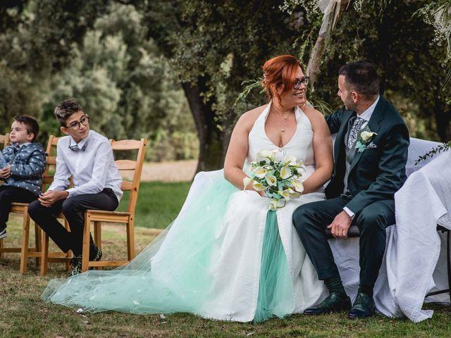 La boda de David y Mireia en Puig-reig, Barcelona 18