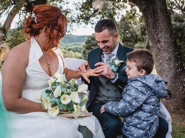 La boda de David y Mireia en Puig-reig, Barcelona 23