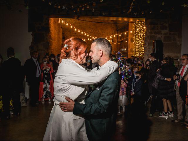 La boda de David y Mireia en Puig-reig, Barcelona 38