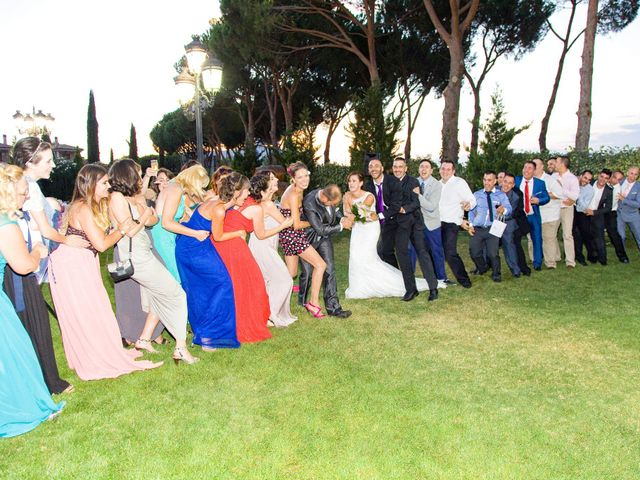 La boda de Carlos y Miriam en Cubas De La Sagra, Madrid 23
