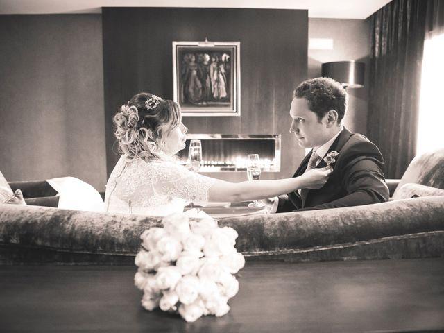 La boda de Endika y Elena en Gorraiz, Navarra 12