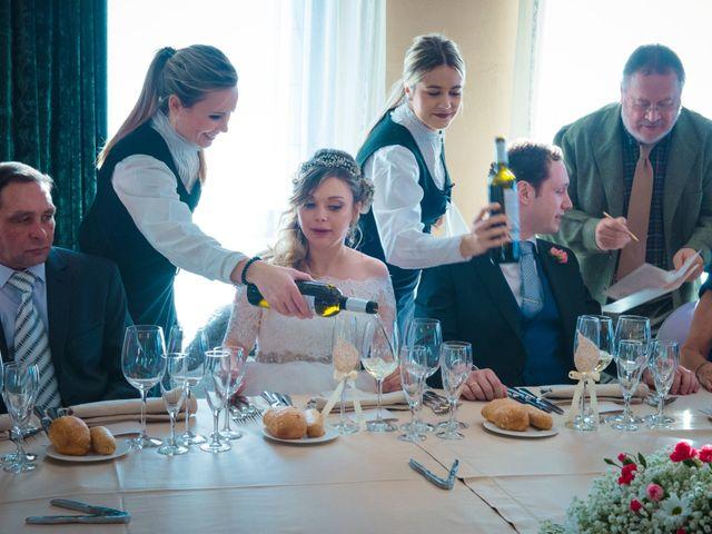 La boda de Endika y Elena en Gorraiz, Navarra 24