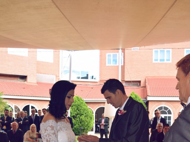La boda de Manuel y Virginia en Madrid, Madrid 13