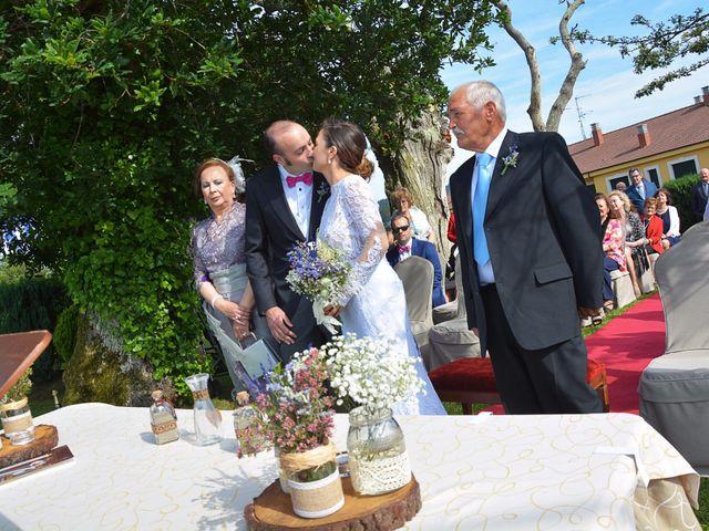 La boda de Hilario y Raquel en Soto Del Barco, Asturias 10