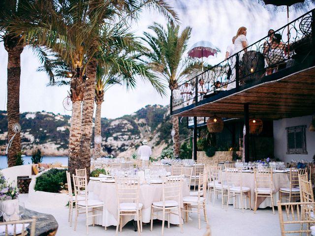 La boda de Álvaro y Paula en Xàbia/jávea, Alicante 42