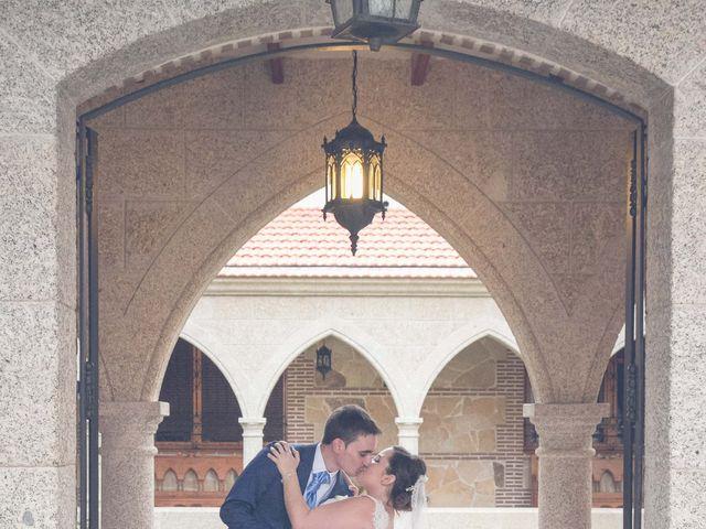 La boda de Fernando y Bárbara en El Tiemblo, Ávila 61