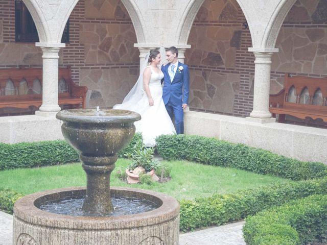 La boda de Fernando y Bárbara en El Tiemblo, Ávila 62