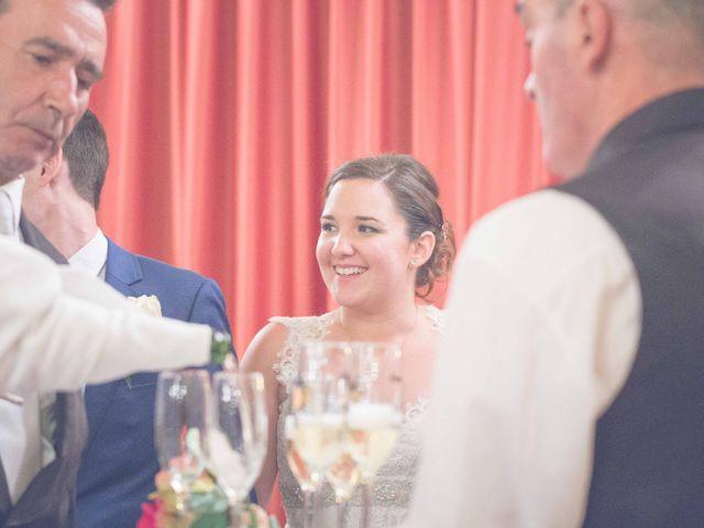 La boda de Fernando y Bárbara en El Tiemblo, Ávila 71